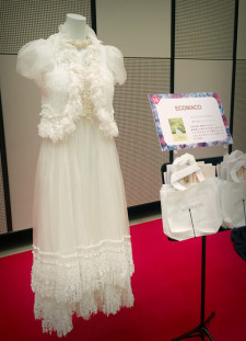 ゼクシーフェアでエコマコのドレスを展示していただきました!